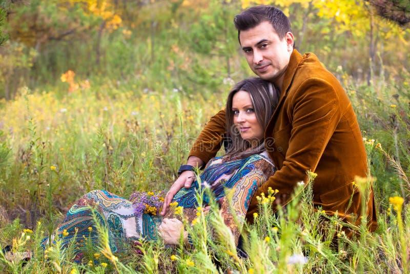丈夫孕妇 免版税图库摄影