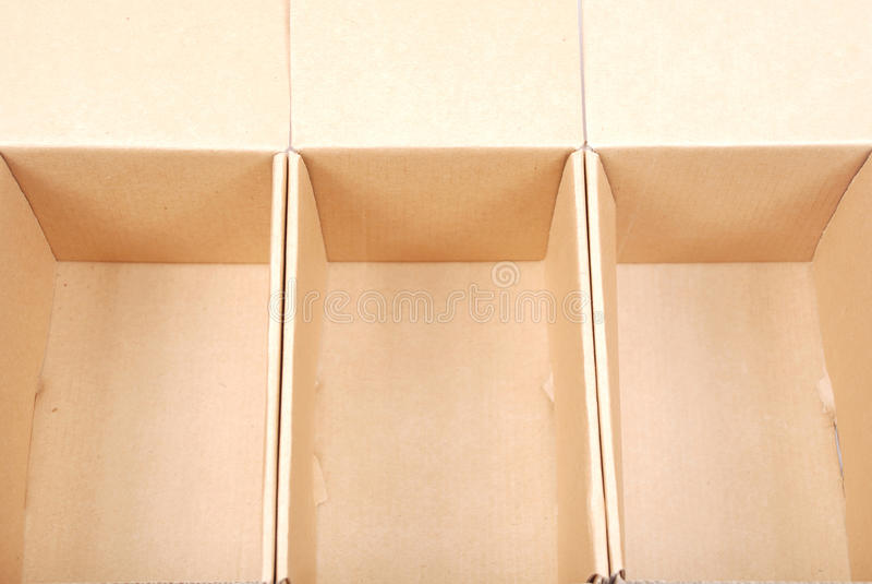 三个开放纸板箱特写镜头  免版税图库摄影