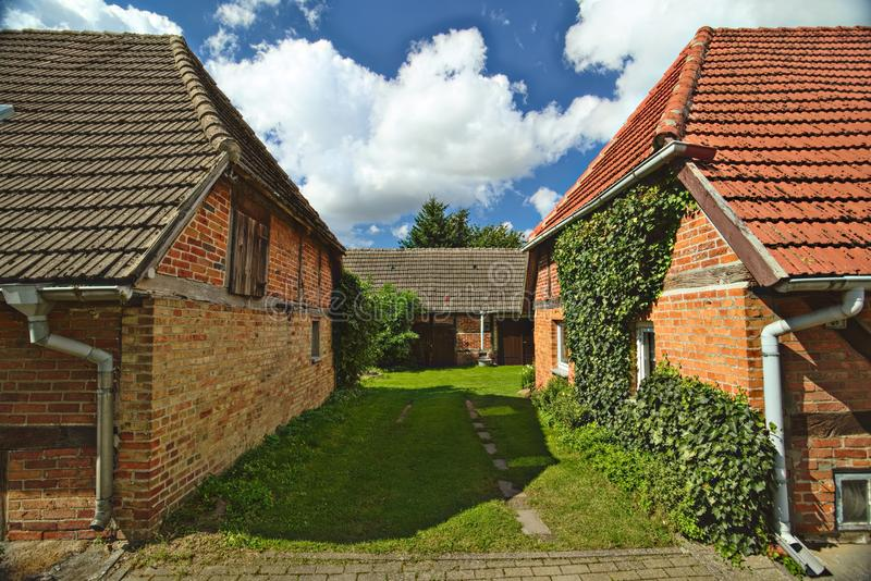 三个房子,列出作为纪念碑,在Willerswalde,德国 免版税库存图片