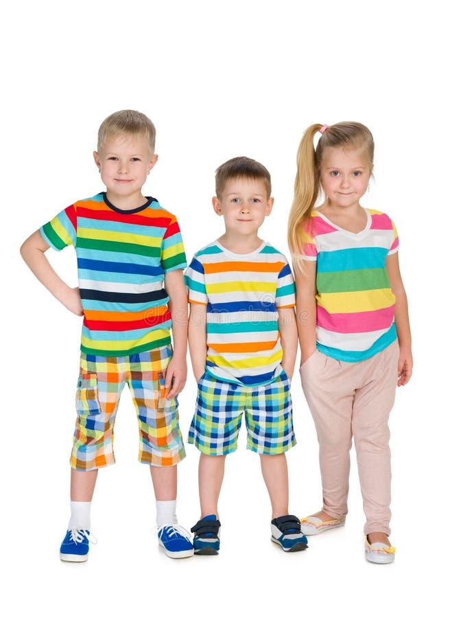 三个时尚金发碧眼的女人孩子 库存照片