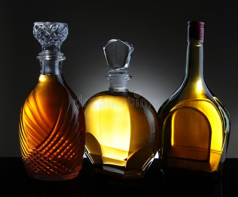 三个蒸馏瓶 免版税库存照片
