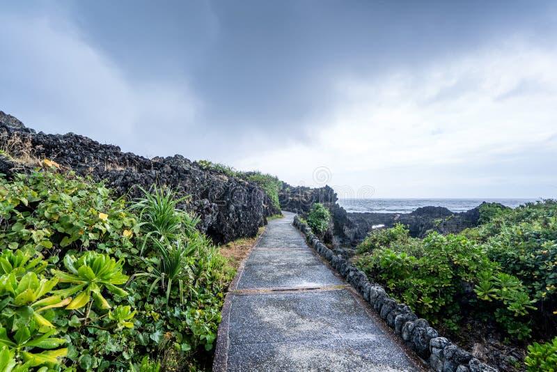三仙台位于呈贡乡北部在台东县 它compsed近海海岛和珊瑚礁 免版税库存照片