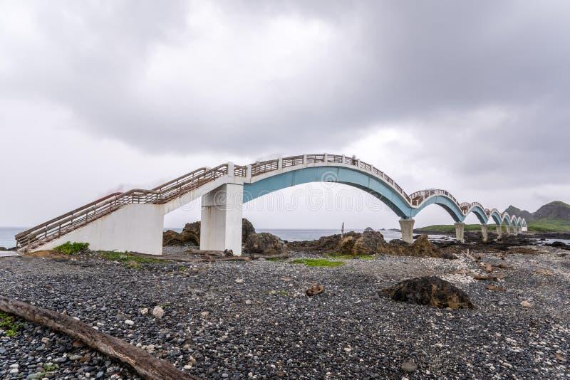 三仙台位于呈贡乡北部在台东县 它compsed近海海岛和珊瑚礁 免版税库存图片
