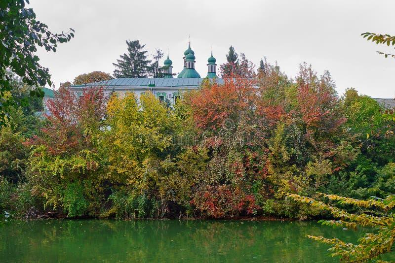 三位一体修道院在基辅 免版税库存图片