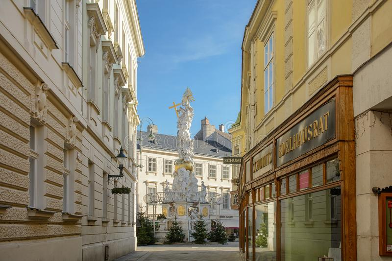 三位一体瘟疫专栏的专栏在维也纳附近的巴登市 奥地利 免版税库存照片