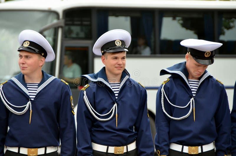 三位年轻水手 免版税库存图片