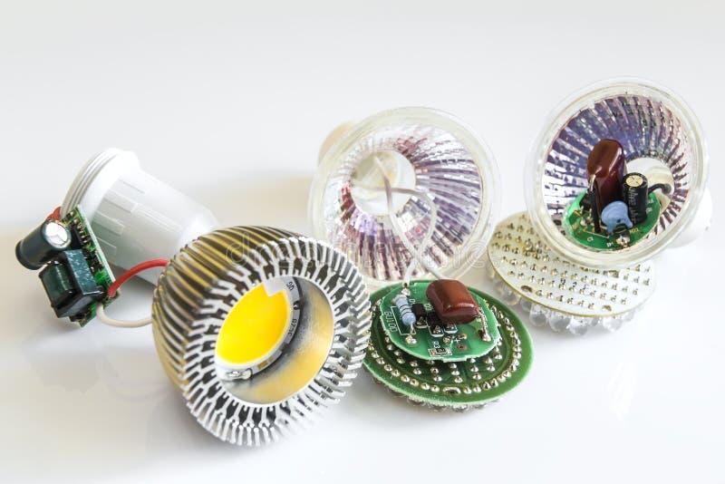 三在GU10 LED电灯泡的各种各样的电子 免版税库存图片
