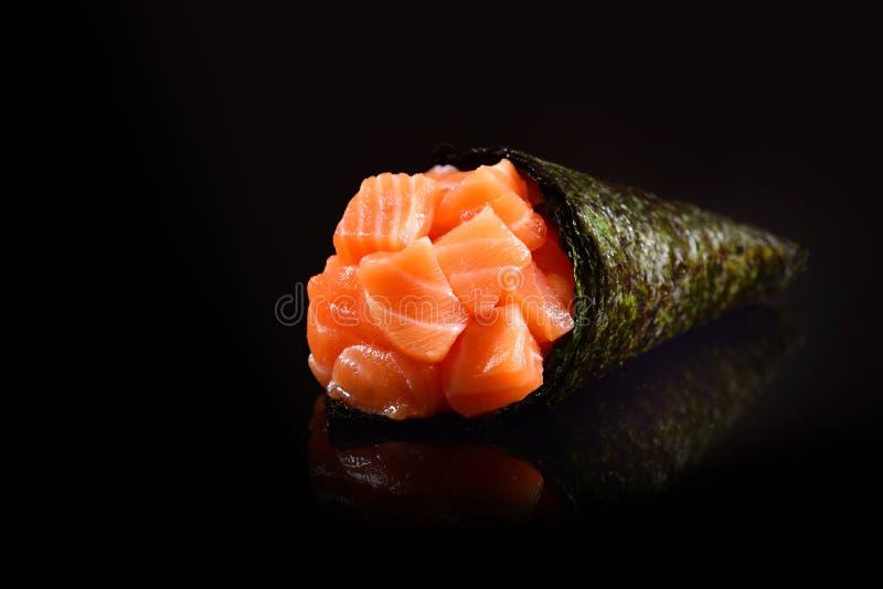 三文鱼temaki寿司 图库摄影