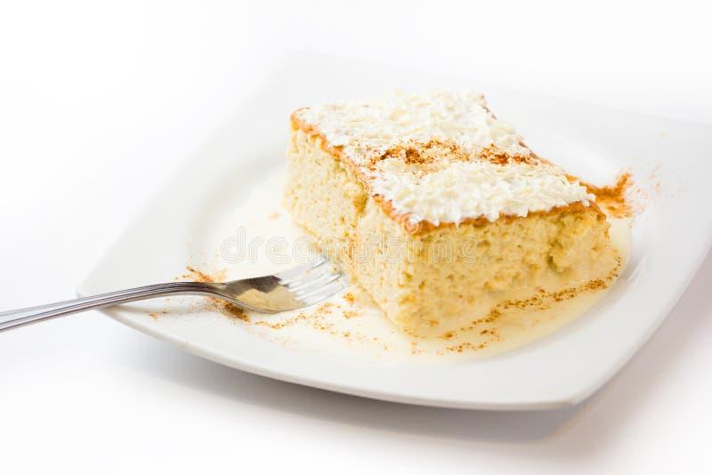 三牛奶蛋糕 库存图片