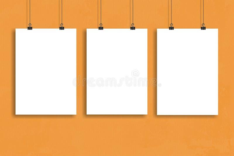 三白皮书海报嘲笑,墙壁嘲笑 免版税库存图片