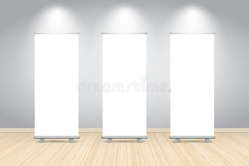 三空白卷起横幅在深蓝墙壁的海报显示,嘲笑  皇族释放例证
