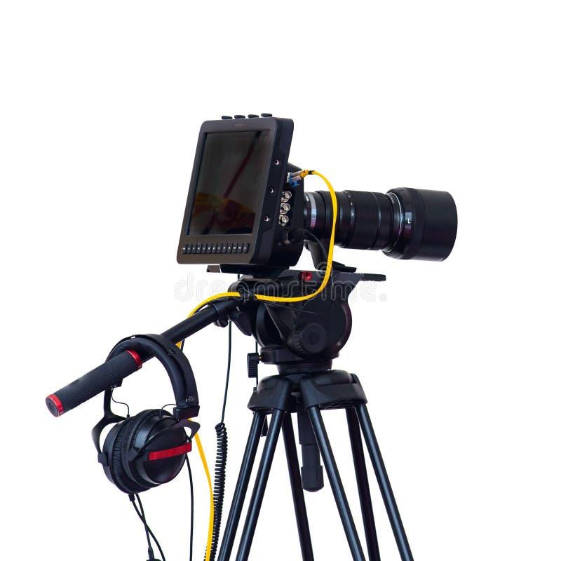 三脚架在白色solated的专业演播室摄象机离子 免版税库存图片