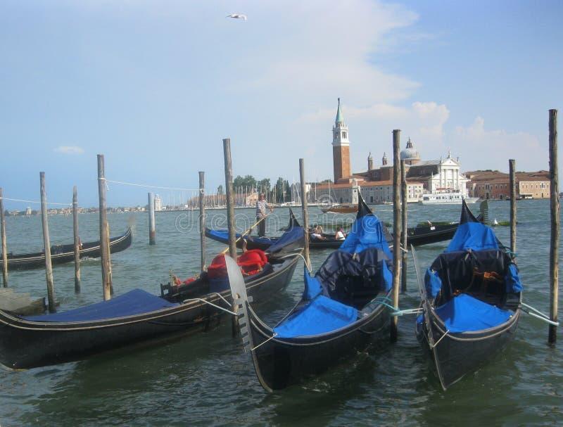 三艘长平底船在威尼斯 库存图片
