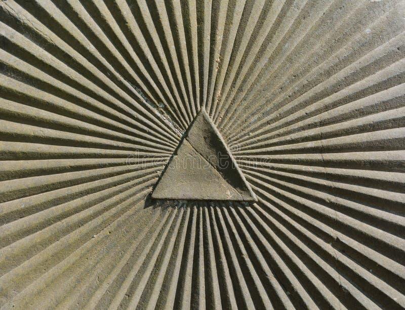 三角和sumbeam作为一个标志上帝的眼睛的 库存照片