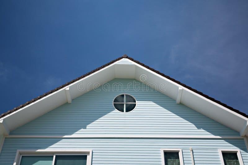 三角屋顶 库存照片
