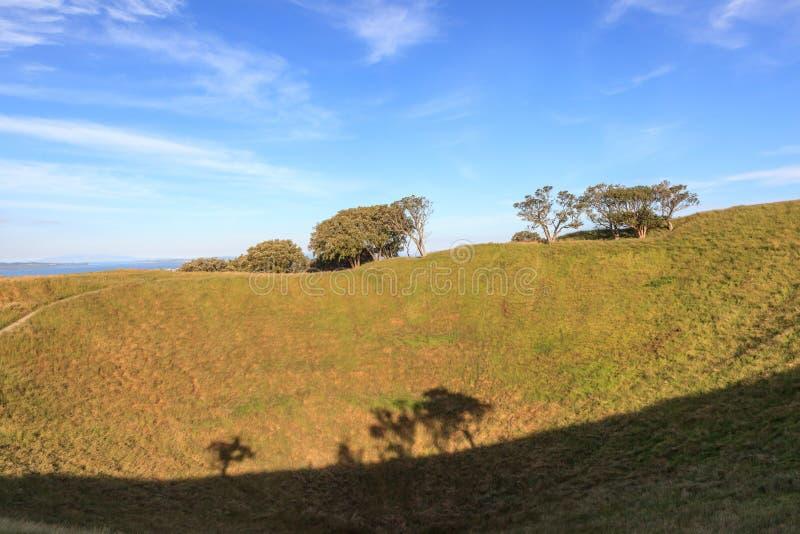 登上伊甸园有自然风景背景 免版税库存照片