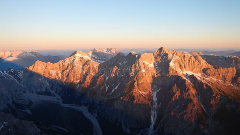 上升的山土坎watzmann在德国 免版税图库摄影