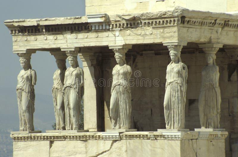 上城的厄瑞克忒翁神庙有女象柱的门廊的 图库摄影