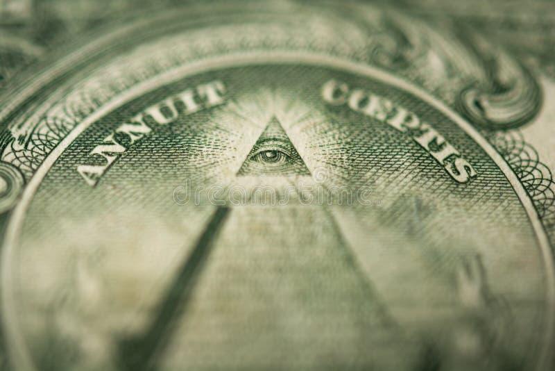 上帝细节的眼睛在一美元钞票  库存图片