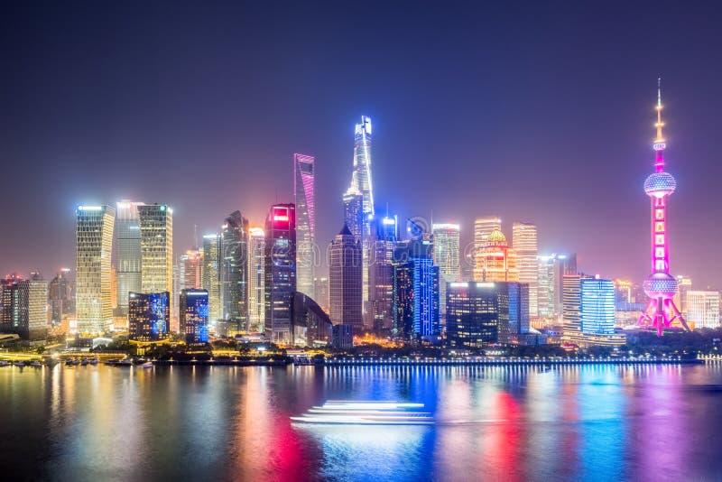 上海地平线在晚上 免版税库存照片