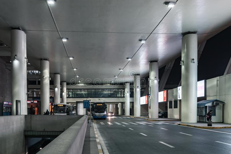 上海浦东机场公共汽车总站  免版税库存照片