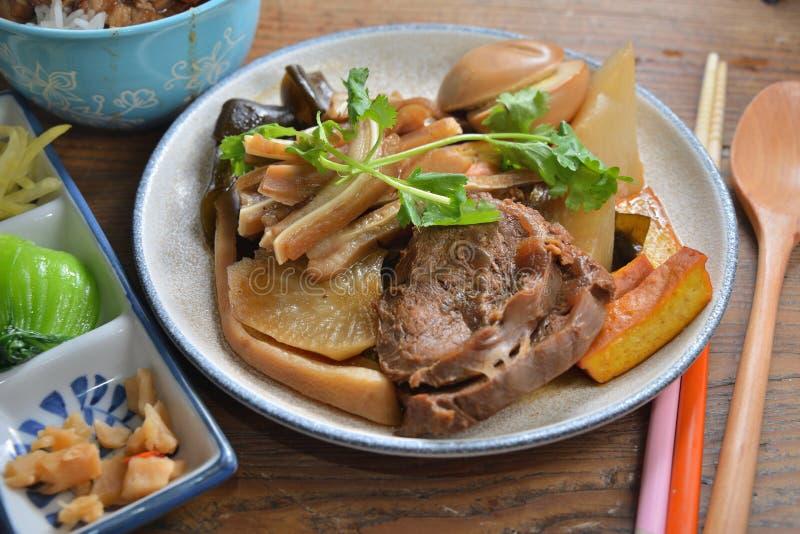 上海牛肉小腿猪肉鸡蛋 库存图片