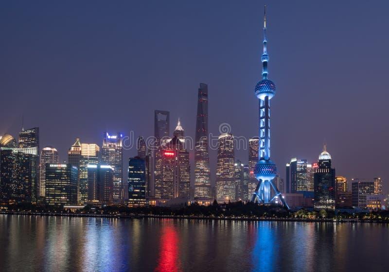 上海的地平线在晚上 库存图片