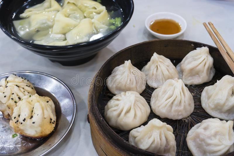 上海饺子、馄饨和xiaolongbao 库存图片