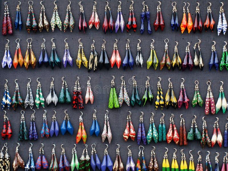 上色不同的耳环表单 库存图片