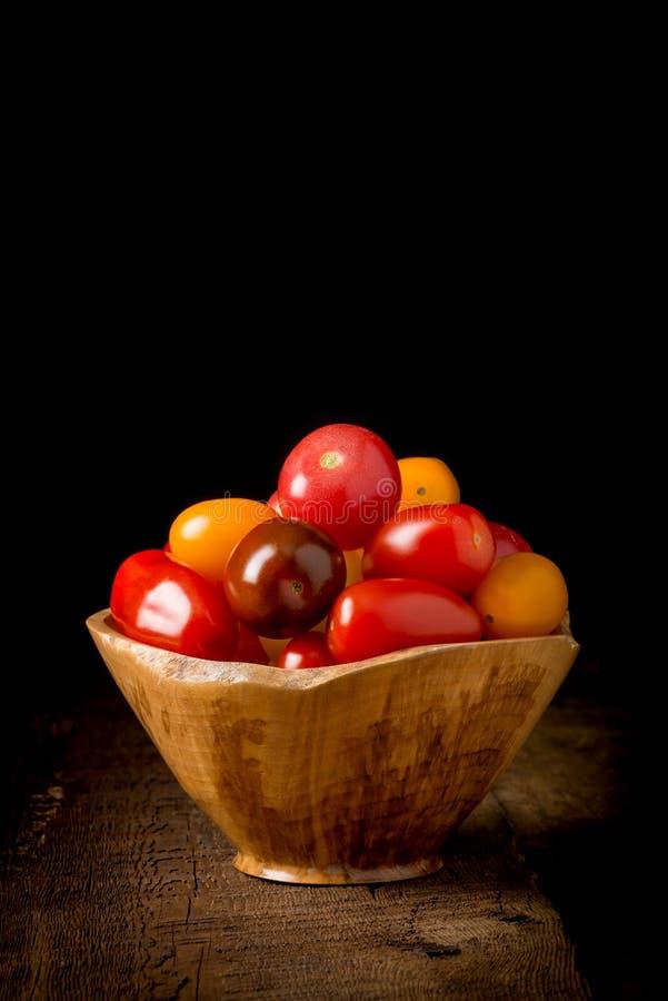 上色祖传遗物红色蕃茄黄色 图库摄影