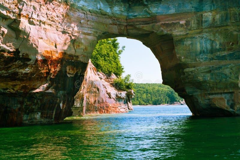 上部Peninsula优越湖,密执安,美国的岩石 库存照片