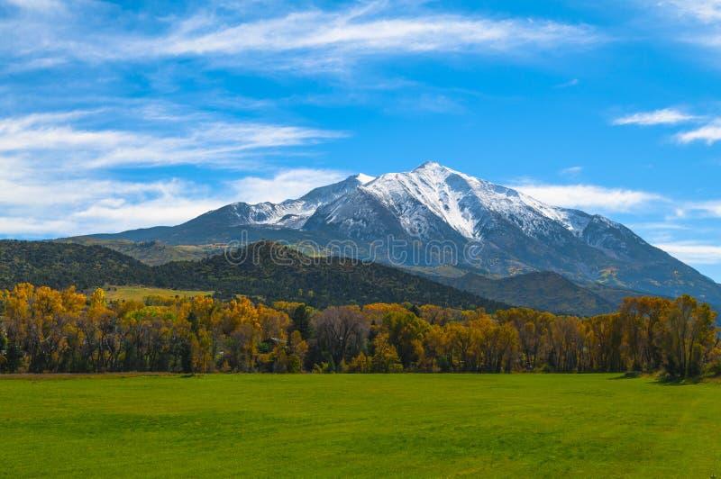 登上Sopris麋山科罗拉多-秋天颜色 库存照片