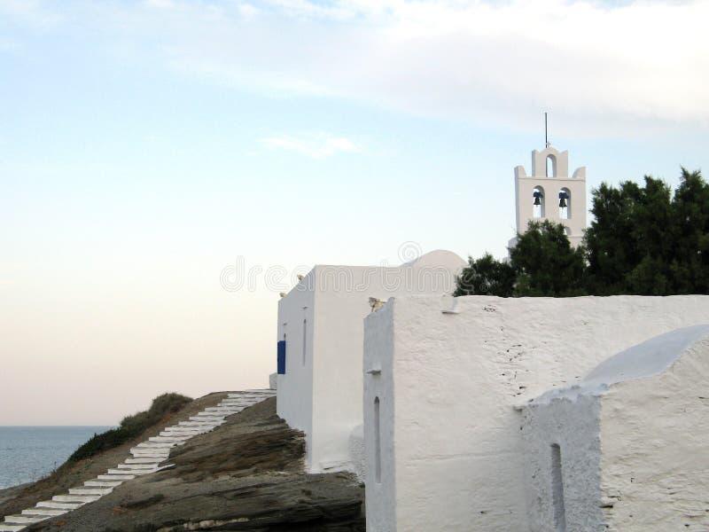 下午后教会海岛 免版税库存图片