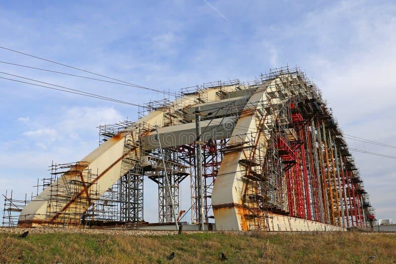 下桥梁建筑 图库摄影