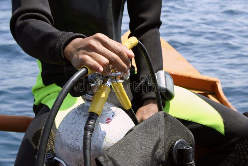 下潜潜水员去水肺 库存照片
