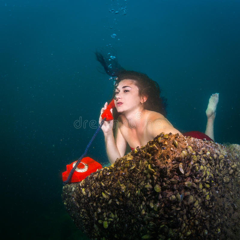 水下的电话 库存图片