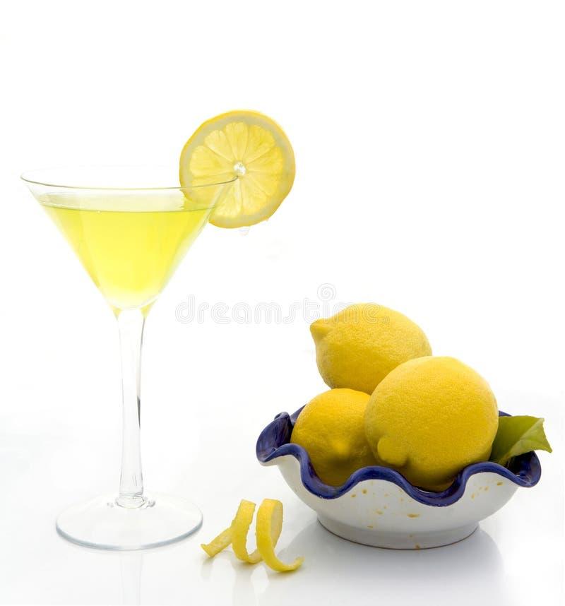 下落柠檬马蒂尼鸡尾酒 免版税库存图片