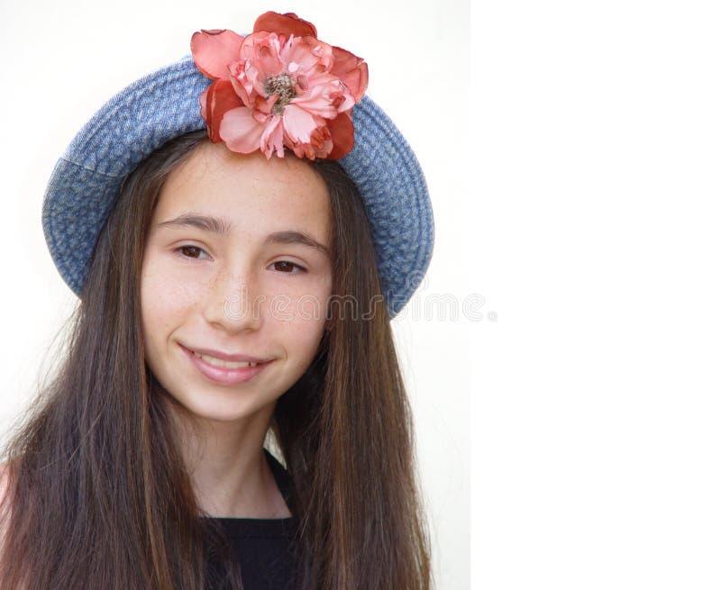 Download 下门的女孩 库存照片. 图片 包括有 头发, 学员, 妇女, 少年, 学校, 青年时期, 女孩, beautifuler - 61262