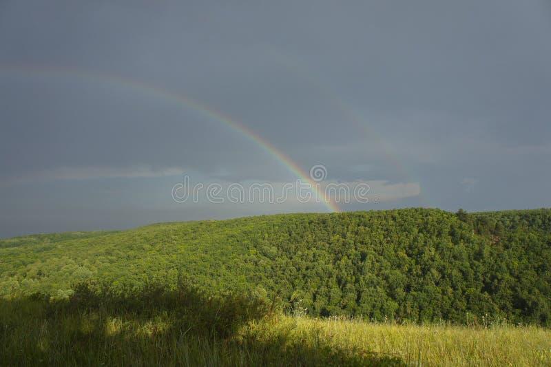 下雨彩虹 库存照片