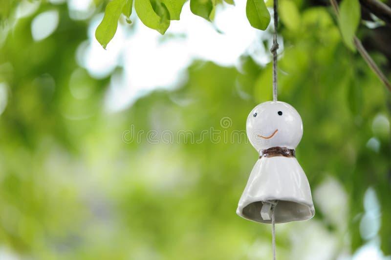 下雨玩偶日本人吊为好天气祈祷 免版税库存图片