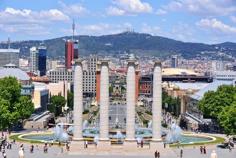 不可思议的喷泉和Placa Espanya 免版税库存图片