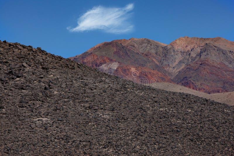 不同岩层的组成 免版税库存照片