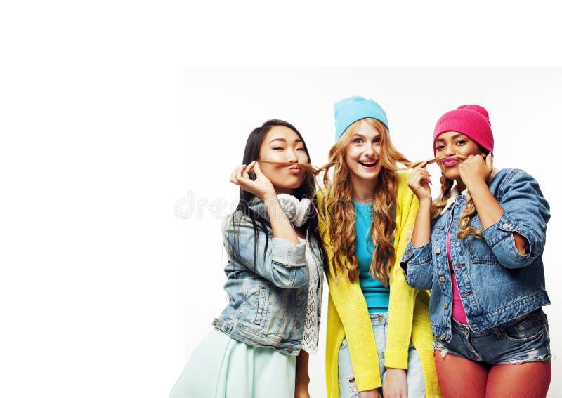 不同的国家女孩小组,少年朋友公司快乐的hav 库存图片