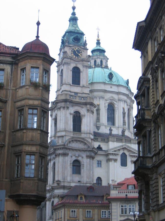不同的大厦在布拉格 免版税库存照片