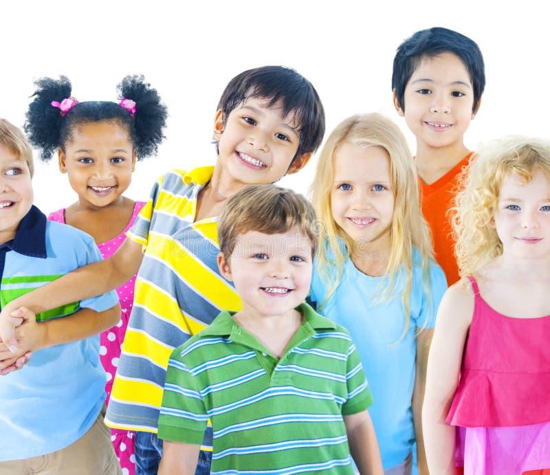 不同的小组儿童微笑 库存照片