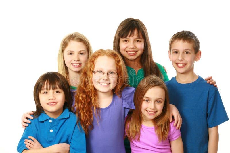 不同的小组男孩和女孩 免版税库存图片
