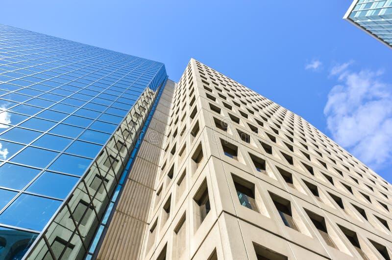 不同的摩天大楼在街市的渥太华 库存图片