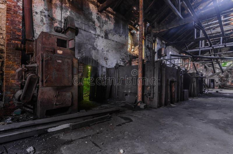 不同的烤箱在铸造厂 库存图片