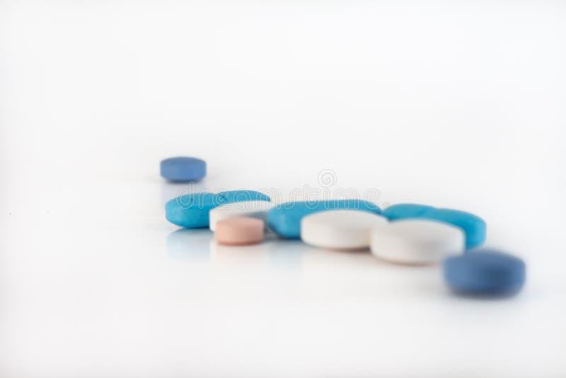 不同的颜色众多的疗程或药物  库存图片
