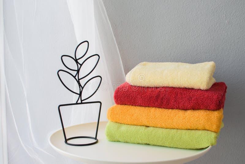 不同颜色毛巾  库存图片